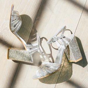STUART WEITZMAN Bridal Sandal Glitter Lace bhldn